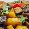Aloo baigan : curry de pomme de terre et d'aubergine